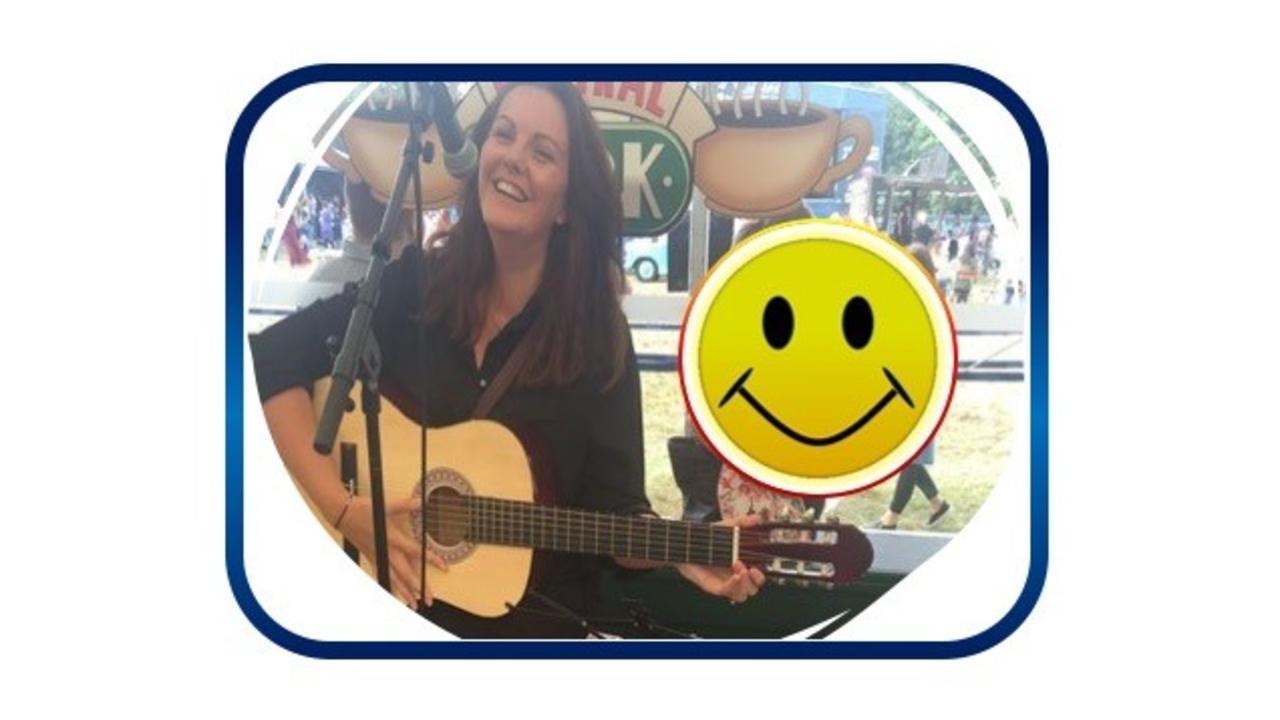 Jwaoc0wctrqne6rpgagb lana happy guitar