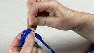 Bild für Borten erstellen des Online Kurs Dirndl nähen  | Ein traditionelles Dirndl selber nähen