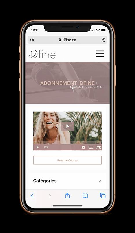 Virginie Duval de Dfine Yoga offre des vidéos de yoga et d'entrainment en ligne disponible sur vote tablette et votre téléphone