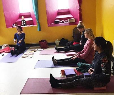 Birthing Position | Birth Preparation Yoga Workshops in South Croydon