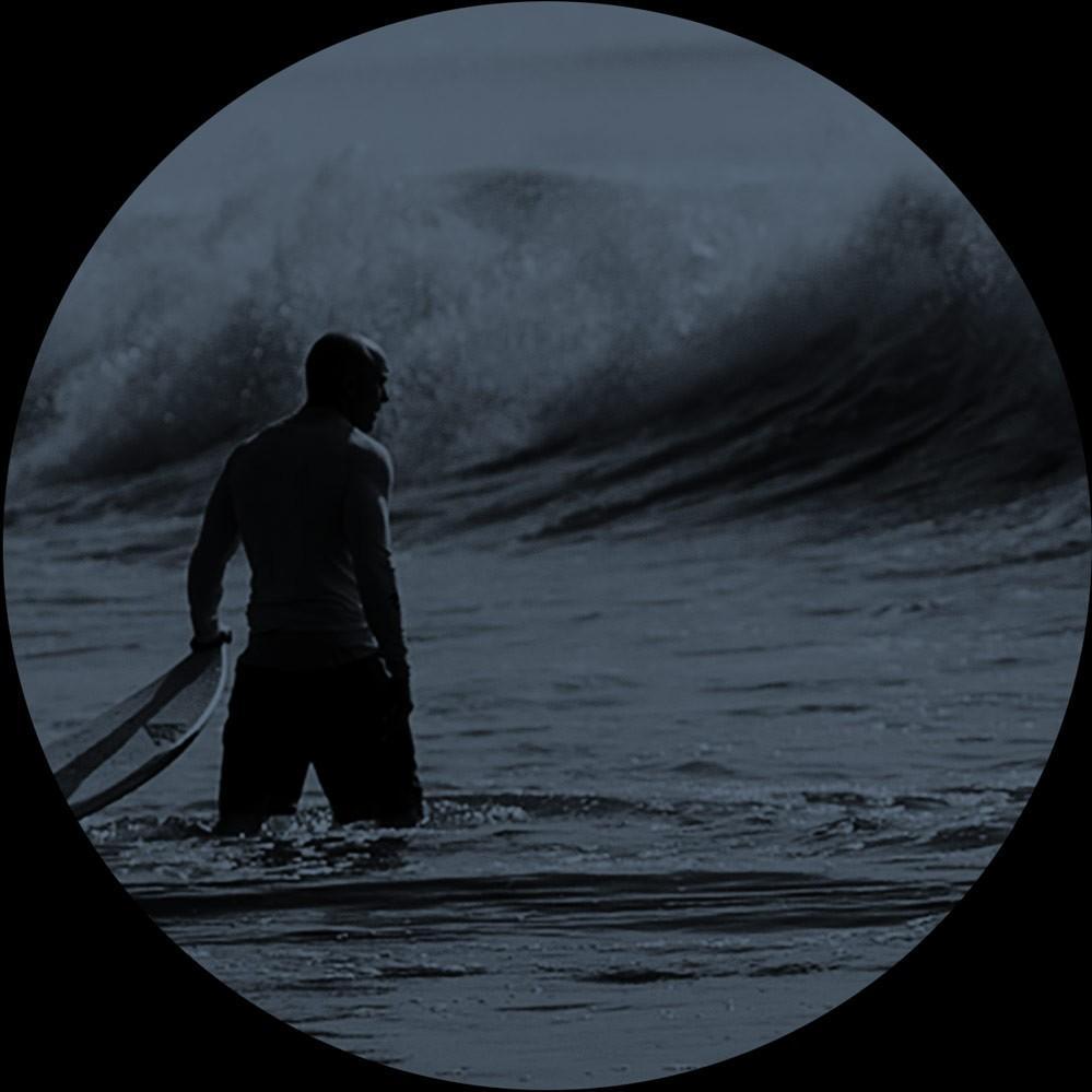 Traver surfing