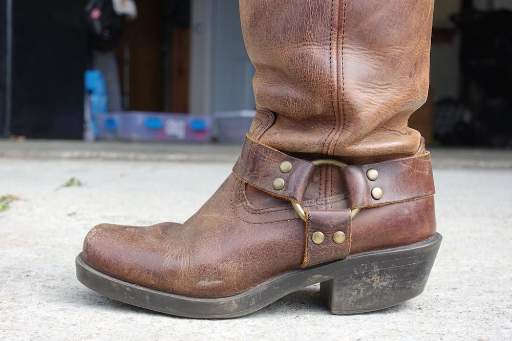 thick sole boot not good for feet
