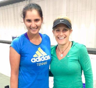 IMAGE OF SONIA MIRZA TENNIS FITNESS