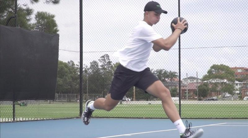 IMAGE OF TENNIS EXERCISES FOR TENNIS PLAYERS