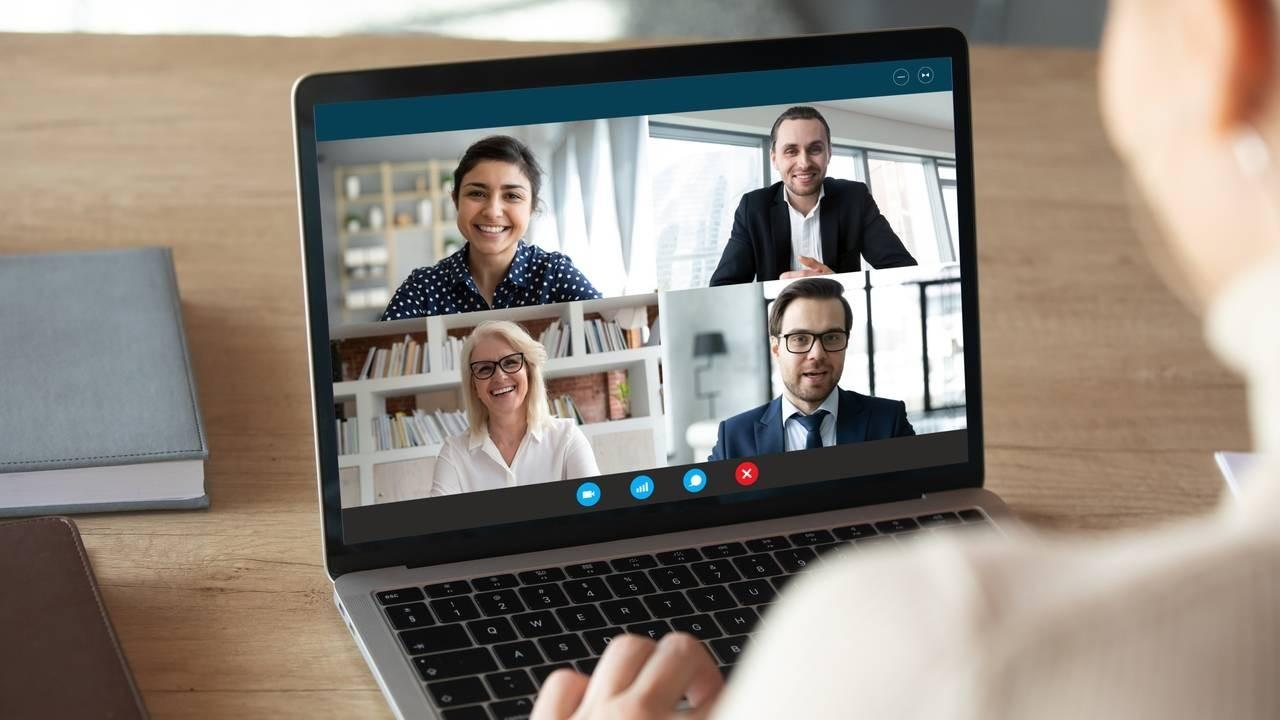 Online Meeting Leadership Transition