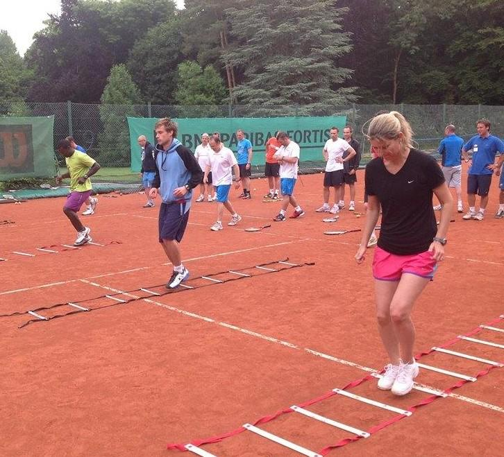 intennsity fitness workout on clay court
