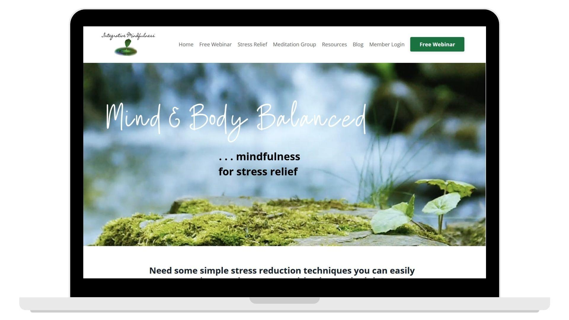 computer with Integrative Mindfulness's website