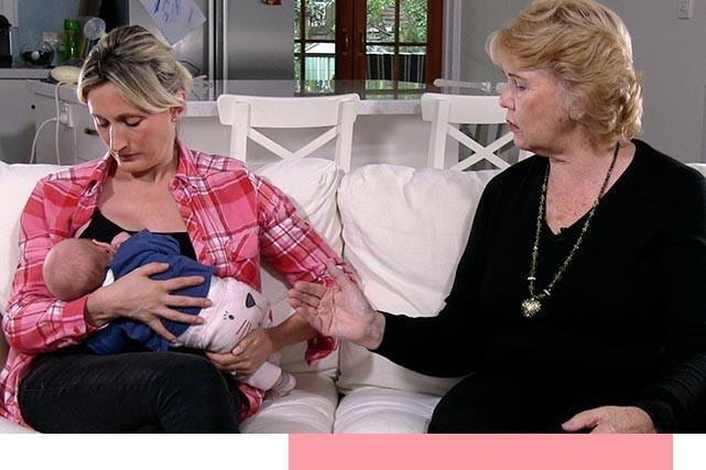 Dr Robyn Thompson with Breastfeeding Mother
