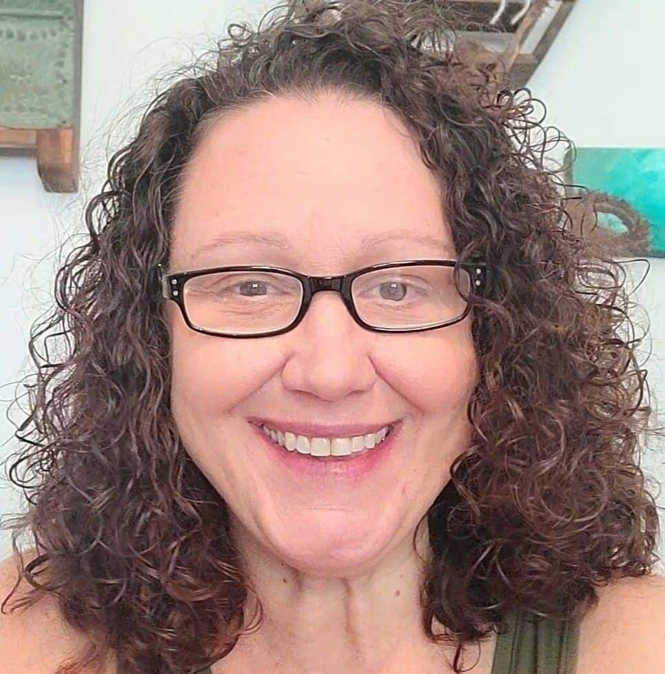 Aimee Biondolillo, Health & Wellness Coach at RawFire Living