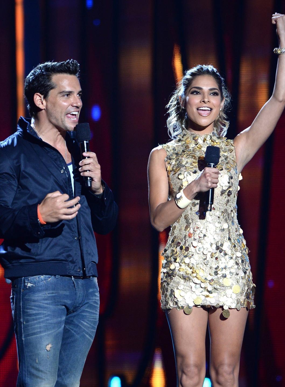 Christian de la Fuente y Alejandra Espinoza - Premios Juventud