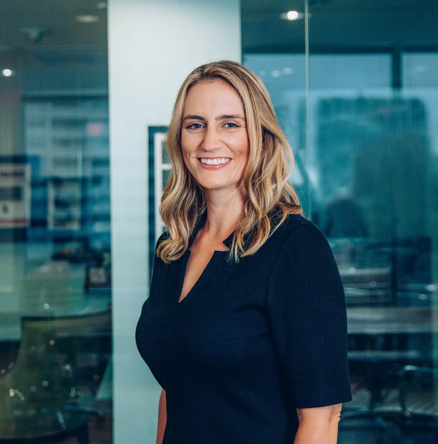Dorsey Standish, CEO's Headshot